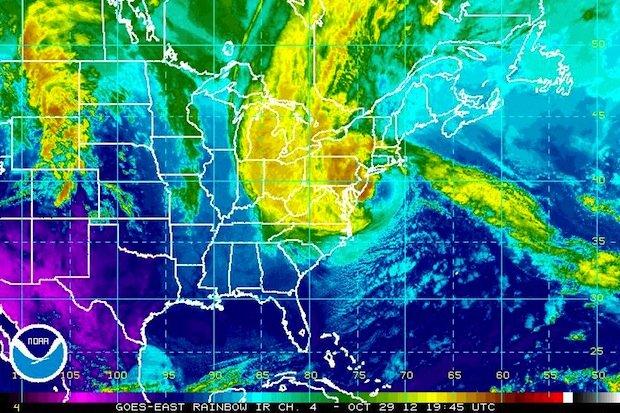 hurricane sandy ir 10-29-12 3pm.jpg
