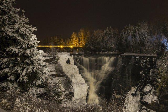 Ryma.Linda.The Falls at Night-1240.jpg