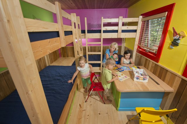 Net House to Playhouse