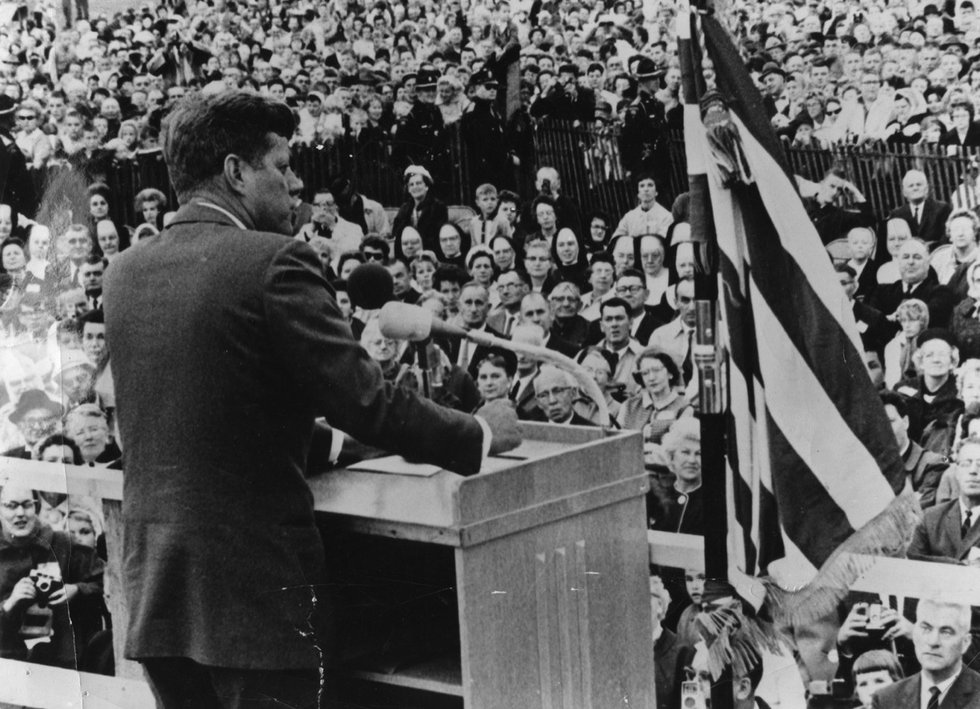 antithesis in jfk inaugural speech Ronald reagan's inaugural address: applying the burkeian dramatistic   fitzgerald kennedy's earlier inaugural address in which kennedy.