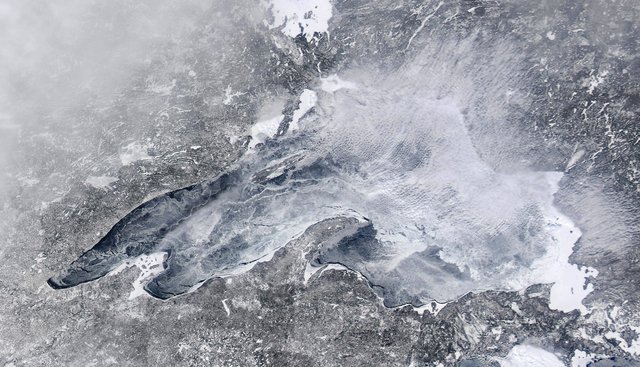 Lake Superior Ice Cover: Feb. 11, 2014