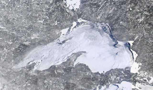 Lake Superior Ice Cover: Feb. 16, 2014