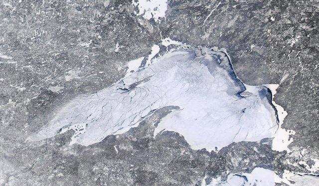 Lake Superior Ice Cover: Feb. 16, 2014