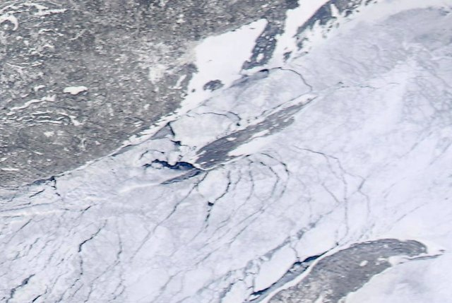 Isle Royale Ice: Feb. 16, 2014
