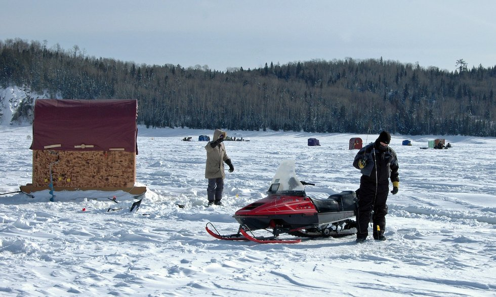 Big prizes little houses and big fish at the wawa ice for Lake superior ice fishing