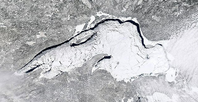 Lake Superior Ice: March 28, 2014
