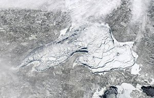 Lake Superior Ice: March 31, 2014