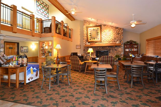 AmericInn Lodge and Suites - Lobby