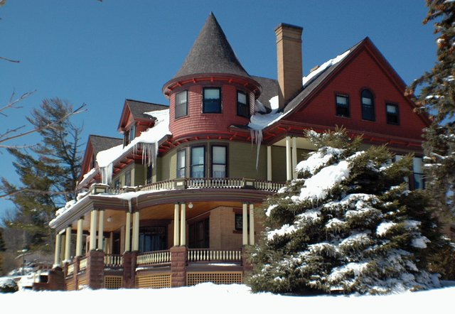 Finding the Perfect Romantic Winter Getaway