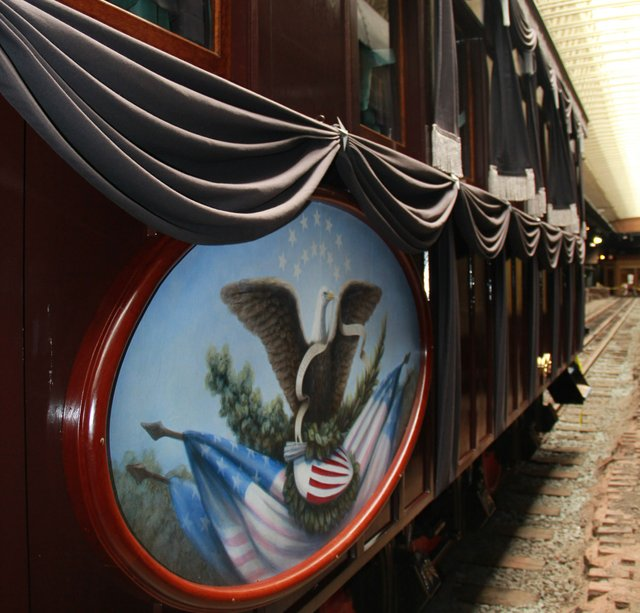 Lincoln Funeral Car On Display At Duluth S Depot Lake Superior