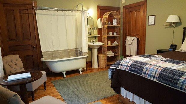 Pinehurst Inn - Bedroom