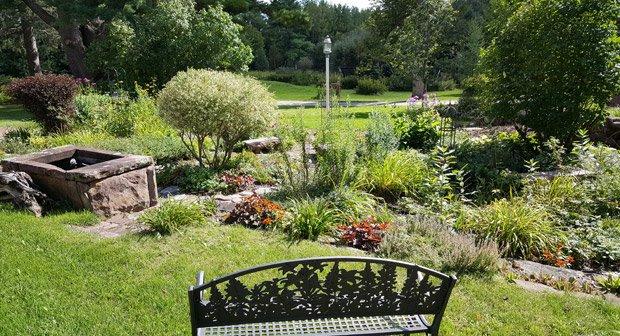 Pinehurst Inn - Garden View