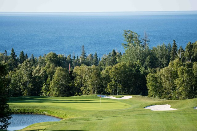 Golf Courses with a View of the Lake