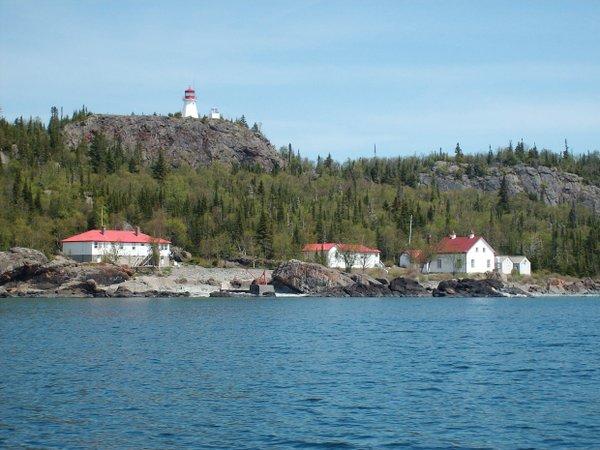 Cruising the Ontario Shore on a Sightseeing Tour