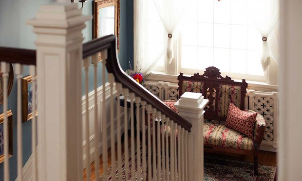 A.G. Thomson House – Foyer Stairway