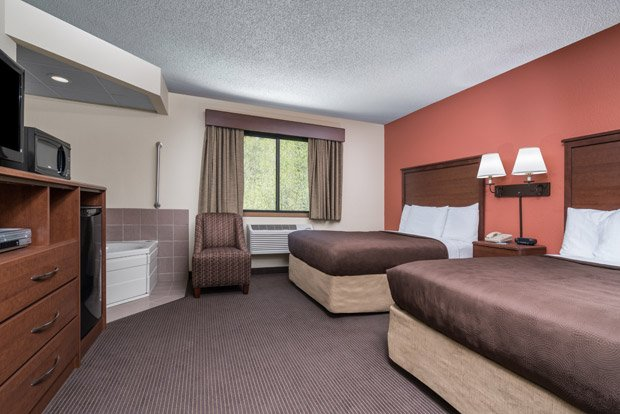 AmericInn Lodge and Suites – Tofte/Lutsen – Queen Double