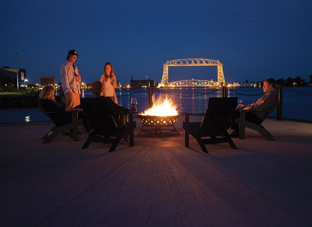 Pier B Resort – Fire Pit
