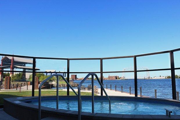 Pier B Resort – Outdoor Hot Tub