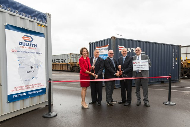 Duluth-Cargo-Connect-Intermodal-Ribbon-Cutting-226.1240.jpg