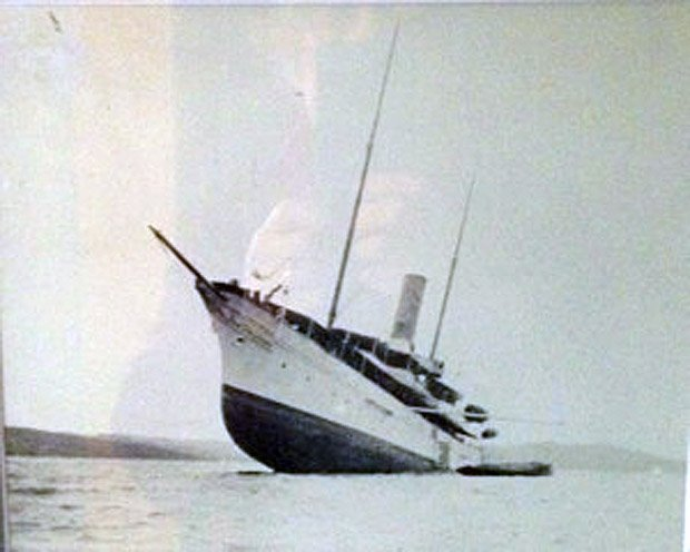 Discovery Charters – The Gunilda Wrecks on a Shoal