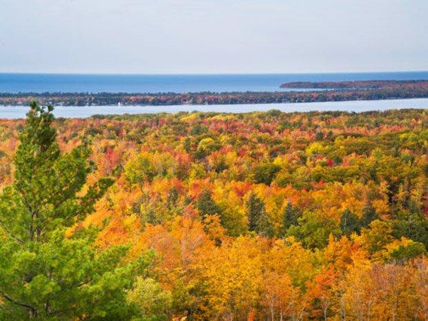 Travel Marquette Michigan – Fall Color