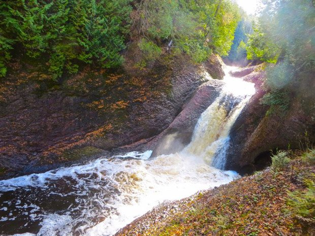 Ironwood Chamber – Area Streams and Waterfalls