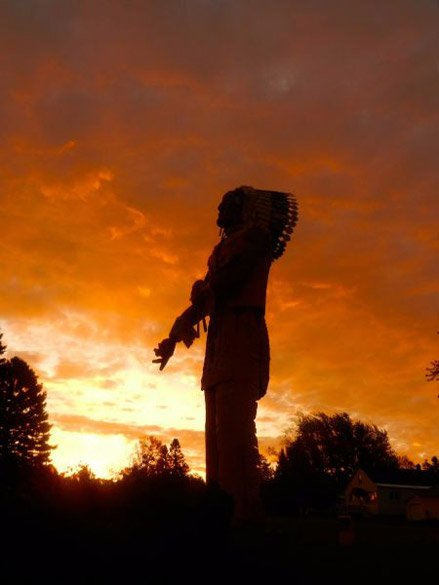 Ironwood Chamber – Sunset behind Hiawatha Statue