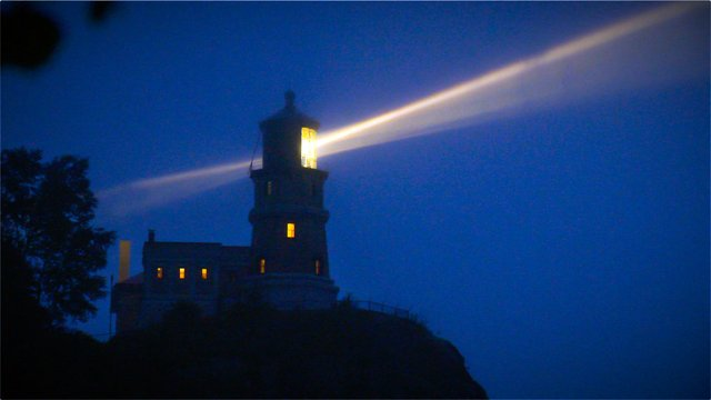 ATCTW041020.lighthouse.1240.jpg